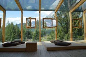 Čiščenje oken okenskih okvirjev in žaluzij